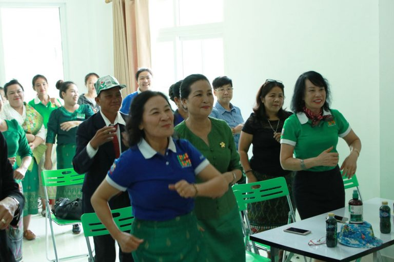 green-for-healthy-life-laos-01