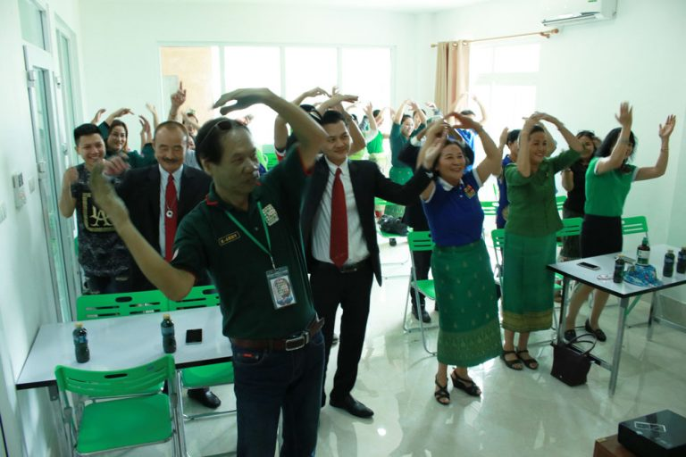 green-for-healthy-life-laos-03